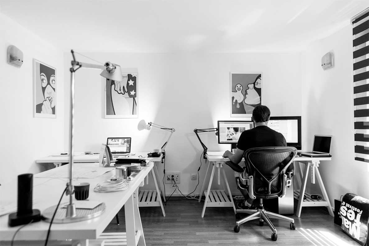 How do you manage a coworking space?